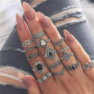 Jewelry - Vintage Floral Fashion Rings Combo